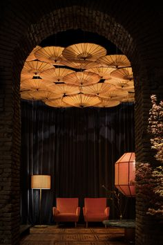 Six Gallery | Quincoces-Dragò & Partners Japanese Restaurant Interior, Chinese Interior, Asian Interior, Japanese Interior, Restaurant Interior Design, Room Interior Design, Chinese Architecture, Architecture Design, Chinese Bar