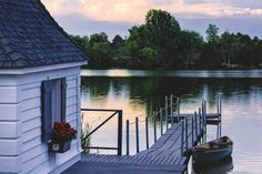 Property Of The Taylor Estate - Equestrian Lakefront Estate