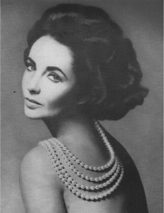 Elizabeth Taylor. True beauty .