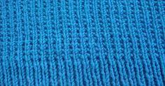Ιδανική πλέξη για κασκόλ αλλά και πουλόβερ διπλής όψης                         Οδηγίες   Ρίχνουμε ζυγό αριθμό πόντων.   σειρά 1  : Πλέκουμε...