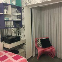 Projeto Mattos Design & Interiores Suíte da menina, com cantinho aconchegante...