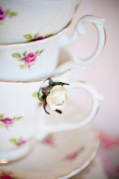 Vintage tea set ✿⊱╮