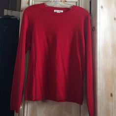 Red Italian Merino Wool crew neck sweater size L A nice beautiful red color imported wool from Italy this Banana Republic sweater is size L Banana Republic Sweaters Crew & Scoop Necks