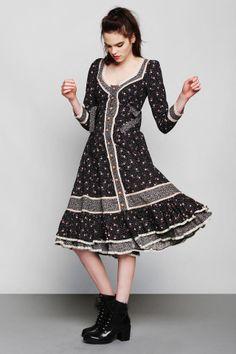 Vintage Gunne Sax Floral Prairie Dress.