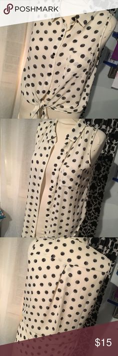 Forever 21 Polka dot blouse Can be tied in the front (cropped) or worn loose. Only worn a few times. White with black polka dots, Forever 21 brand. Forever 21 Tops Blouses