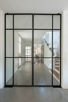 From panel and bifold doors, to modern barn doors, obtain influenced with our gallery of interior door layouts. Search about for a selection of interior door design ideas. Steel Windows, Steel Doors, Windows And Doors, Iron Windows, Modern Interior, Interior And Exterior, Interior Design, Interior Glass Doors, Industrial Interior Doors