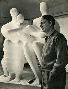 Yousef Karsh. Henry Moore. Photogravure.