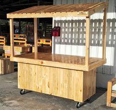 Pallet cart by Mitalia Trading Kiosk Design, Store Design, Food Cart Business, Pallet Furniture, Furniture Design, Mobile Coffee Shop, Food Cart Design, Dirty Kitchen, Craft Stalls
