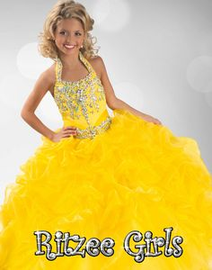 online shopping for Hong Girls' Shiny Halter Beaded Ball Gowns Crystals Long Pageant Dresses from top store. See new offer for Hong Girls' Shiny Halter Beaded Ball Gowns Crystals Long Pageant Dresses Pagent Dresses, Girls Pageant Dresses, Black Prom Dresses, Prom Dresses Online, Ball Dresses, Homecoming Dresses, Ball Gowns, Quinceanera Dresses, Dress Online