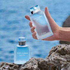 Perfume Scents, Perfume And Cologne, Perfume Bottles, Dolce And Gabbana Perfume, Dolce E Gabbana, Parfum Blue, Light Blue Dolce Gabbana, Light Blue Perfume, First Perfume