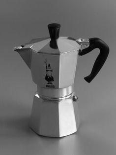 Bialetti Stovetop Espresso Moka Express #cafeteras #italianas #moka #bialetti