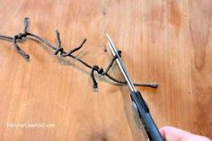 How-to-make-fake-barbed-wire-6