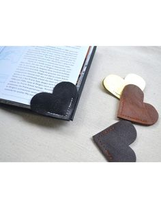 Leather Bookmark : A Unique Gifts Website
