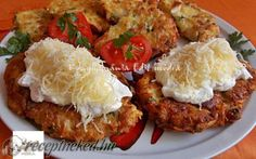 Tandoori Chicken, Salmon Burgers, Baked Potato, Chicken Recipes, Bacon, Food And Drink, Lunch, Meat, Ethnic Recipes