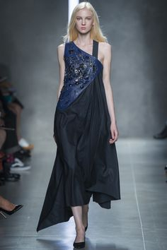 Bottega Veneta Spring 2014 RTW - Review - Fashion Week - Runway, Fashion Shows and Collections - Vogue