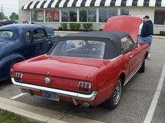 :) 1966 Ford Mustang
