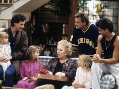 Jodie Sweetin Remembers Working With Doris Roberts on Full House: 'She Was a Grandma to an Entire Generation'