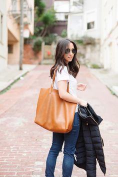 Carry a basic tote on campus this fall. Perfect for books and everything else! #backtoschool #schooltote