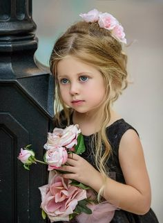 Black And White Wedding Theme, Kids Fashion Photography, Christening Gowns, Chantilly Lace, Cute Little Girls, Flower Brooch, Beautiful Children, Lace Dress, Flower Girl Dresses