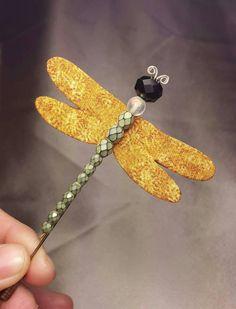 Mira este artículo en mi tienda de Etsy: https://www.etsy.com/es/listing/268650301/libelula-handmade-dragonfly-brooch