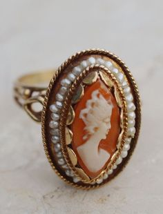 ESTATE 14K YELLOW GOLD CAMEO & SEED PEARL RING-SIZE 10.75-585-VAULTED SHELL