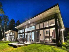 Large Lawn -Luxury Chalet Rentals - Chalet Tremblant Manor - Mont ...