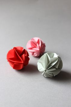 ludorn origami circuit ball- not in English, but with lots of pictures.