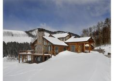 An incredible log cabin! Perfect for shacking up with family and friends before hitting the slopes! Crested Butte, CO Listed by Coldwell Banker Bighorn Realty