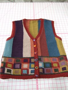 Vest Pattern, Baby Knitting, Ravelry, Womens Fashion, Sweaters, How To Make, Vests, Color, Clothes