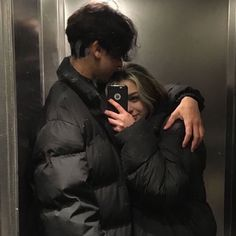 Cameras Flash Part Three *:・゚ Cute Couples Photos, Cute Couple Pictures, Cute Couples Goals, Couple Photos, Cute Teen Couples, Emo Couples, Teenage Couples, Cute Couple Selfies, Love Selfie