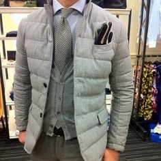 Classy Winter Jackets For Men To Look Fashionable 68 Fashion Business, Business Mode, Sharp Dressed Man, Well Dressed Men, Mode Masculine, Stylish Men, Men Casual, Terno Slim, Moda Men