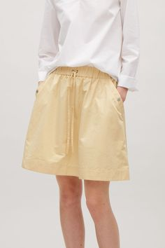COS | Short skirt with elastic waist