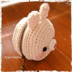 No pattern, no chart 作り方無し Crochet Backpack Pattern, Crochet Mittens Free Pattern, Crochet Coin Purse, Free Crochet Bag, Kawaii Crochet, Cute Crochet, Crochet Crafts, Beautiful Crochet, Crochet Projects
