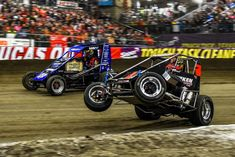 2018 Chili Bowl Race of Champions field selected. View the 2018 VIROC field set for the Chili Bowl Nationals featuring a 18 car superstar field. The Chili Bowl ROC race will take place on Tuesday January Flat Track Racing, Sprint Car Racing, Dirt Racing, F1 Racing, Go Kart Plans, Racing News, Vintage Race Car, Dirt Track, Nascar