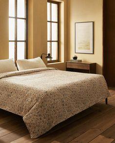 Imagen 1 del producto FUNDA NÓRDICA ESTAMPADO PAISLEY Motif Paisley, Paisley Print, Linen Bedroom, Linen Bedding, Zara Home, Plaid Laine, Style Année 60, Deco Design, Duvet Covers