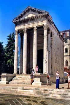 Temple of Augustus in Pula Croatia Founded 27 BC - 68 AD. Europe Travel Tips, Places To Travel, Places To Go, Visit Croatia, Croatia Travel, Pula, Dubrovnik, Montenegro, Monuments