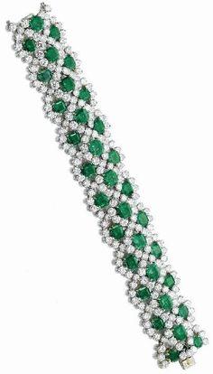 GABRIELLE'S AMAZING FANTASY CLOSET | Van Cleef & Arpels  Emerald, Diamond and Platinum Bracelet