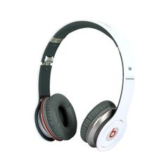 Beats Solo HD headphones carry the powerful signature sound Beats by Dre products are famous for. Beats Solo HD headphones are the only Beats by Dre that come with not one, but two speakers inside each can. That means you get crystal clear highs and deep, rumbling lows in high definition.