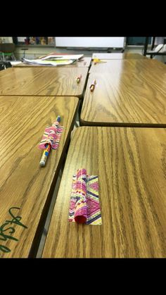 Isn't this a neat idea for helping students keep track of pencils! Just cut straws, then tape them to the desk. Voila! No more pencils rolling around. Love this idea!