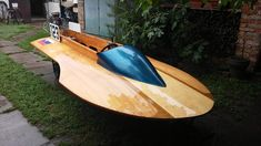 Cool Boats, Small Boats, Wooden Speed Boats, Cowgirl Photo, Classic Wooden Boats, Deck Boat, Wooden Boat Building, Vintage Boats, Wooden Ship