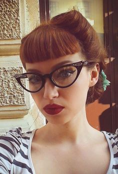 cat eye-eyeglass-frames