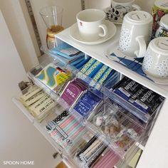 ニトリのレターケース9個引き出しの収納ブログ画像 Small Apartment Organization, Home Organisation, Kitchen Cabinet Organization, Organization Hacks, Kitchen Storage, Small Space Storage, Storage Spaces, Tea Storage, Home Management