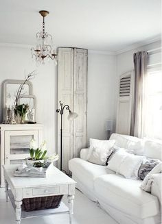 FRENCH COUNTRY VINTAGE FARMHOUSE TOUCHES BRIGHT AND WHITE LIVING ROOM LOVE THIS..SAVED BY WENDY SIMMONS