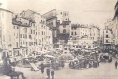 Mercato delle erbe a Campo de' Fiori Anno: 1890 Italy Pictures, Old Pictures, Vintage World Maps, Photo Wall, Painting, Memories, Drawing, Fotografia, Pictures