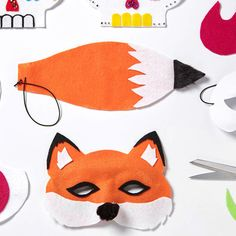 You'll be sly as a fox when you craft your own felt fox mask for Halloween or any other costumed event! Find crafting projects at JOANN's! Kids Fox Costume, Gruffalo Costume, Diy Halloween Costumes, Halloween Crafts, World Book Day Costumes, Book Week Costume, Fantastic Mr Fox Costume, Fox Mask, Felt Fox