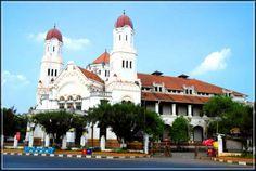 Rental Mobil Semarang ke Lawang Sewu: Gedung Kuno Penuh Misteri