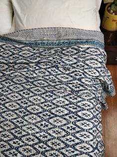 Spirited Vintage Kantha Quilt Indian Handmade Cotton Bedspread Sashiko Throw Bedding Home, Furniture & Diy Decorative Quilts & Bedspreads