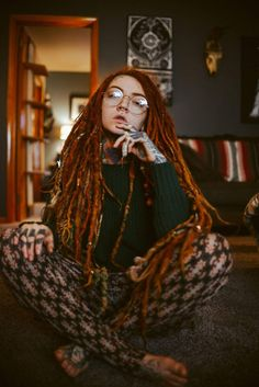Morgin Riley Rasta Girl, Skinhead Reggae, Reggae Style, I Love Redheads, Synthetic Dreadlocks, Red Hair Woman, Dreadlock Hairstyles, Inked Girls, Dreads