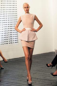 been wanting a peplum dress ever since I saw this Victoria Beckham one on Blair Waldorf :)