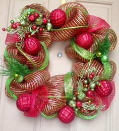 Gorgeous Christmas Wreath www.childrensexclusives.com
